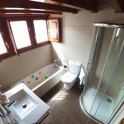 Casa Rural Villa Aurora Baño bajo cubierta